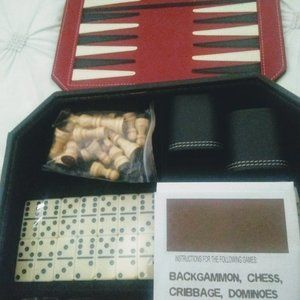 NEW 5-in-1 classic game combo set Chess, etc.